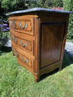 Small 18th Century Serpentine Fronted Commode (8 of 17)