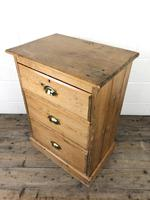 Antique Pine Chest of Drawers on a Plinth Base (11 of 13)