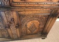Quality Carved Oak Sideboard (7 of 14)
