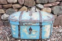 Scandinavian / Swedish 'Folk Art' Travel chest in blue paint and ironwork, 18th Century (17 of 37)
