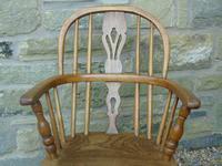Child's Antique Oak Windsor Chair (8 of 9)