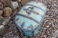 Scandinavian / Swedish 'Folk Art' Travel chest in blue paint and ironwork, 18th Century (30 of 37)