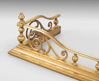 Well Formed Late Victorian Brass Fender (4 of 6)