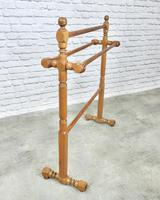 Victorian Pitch Pine Towel Rail (2 of 4)