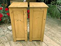 Two 'will split' Lovely & Matching Bedside Cabinets / Cupboards (6 of 8)