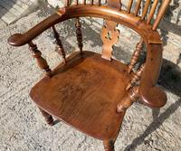 Pair of Antique Broad Arm Windsor Chairs (27 of 28)