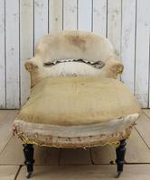 Antique French Chaise Longue Day Bed for re-upholstery (3 of 8)