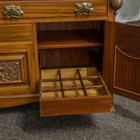 Late Victorian Mahogany Sideboard (14 of 19)