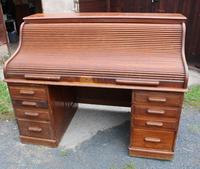 1900s Large Oak Stype Rolltop Desk