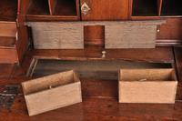 Early 18th Century Oak Bureau (4 of 14)