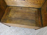 Liberty Arts & Crafts Oak Hall Bench (7 of 11)