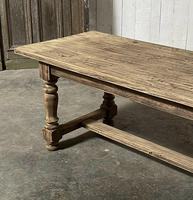 Nice Large Bleached Oak Farmhouse Dining Table With Extensions (4 of 35)