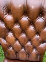 Buttoned Leather Armchair (8 of 8)
