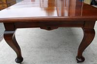 1920s Quality Mahogany Wind Out Dining Table + 3 Leaves on Cab Legs (3 of 3)