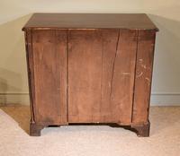 Mahogany Kneehole Desk 18th Century (4 of 5)