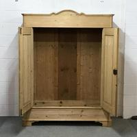 Large Old Pine Arched Wardrobe - Dismantles (2 of 5)