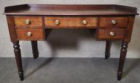 Victorian Mahogany Kneehole Desk / Writing Table / Dressing Table (8 of 8)