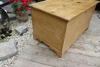 Restored Pine Blanket Box / Chest / Trunk / Coffee Table (5 of 8)