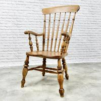 Large 'Grandfather' Windsor Armchair (4 of 7)