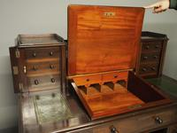 Victorian Mahogany Dickens Desk (6 of 12)