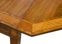 A George III Mahogany Satinwood Table (5 of 8)
