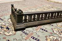 Victorian Arts & Crafts Cast Iron Fender Decorated with Flowers (4 of 5)