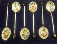 Cased Sterling Silver & Enamelled Coffee Spoons (2 of 3)