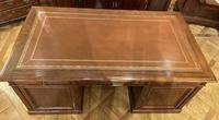 Important French Pedestal Desk from 19th Century in Oak (7 of 13)