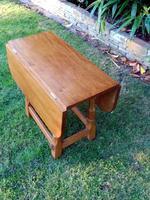 X Mouseman Beaverman Oak Drop Flap Coffee Table (6 of 12)