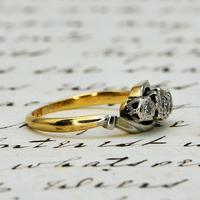 The Vintage Illusion Twist Brilliant Cut Diamond Ring (2 of 5)