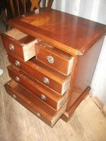 Small 2 Over 3 Drawer Chest (3 of 3)