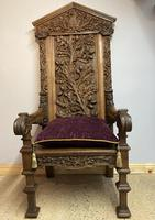 Gothic Revival Throne (4 of 20)