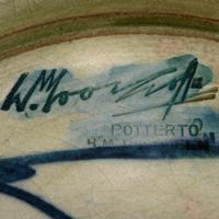 William Moorcroft Pottery Vase (7 of 7)