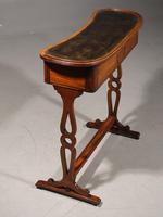 A Rare and Very Slender Early 19th Century Kidney Shaped Writing Table (3 of 4)