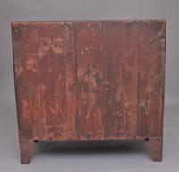 Early 19th Century Georgian Bowfront Chest (7 of 9)