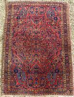 Fine Antique Saroukh Carpet / Rug