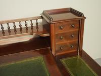 Victorian Mahogany Dickens Desk (10 of 12)