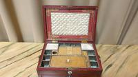 Regency Leather Sewing Box (11 of 13)