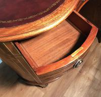 Edwardian Inlaid Mahogany Kidney Shaped Desk (12 of 21)