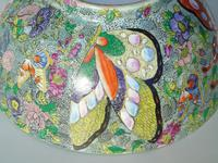 Antique Chinese Porcelain Bowl with Butterflies Famille Rose (8 of 12)