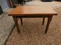 Lovely 19th century pine small farmhouse style kitchen dining table (10 of 12)