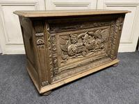 Continental Carved Oak Coffer (11 of 15)