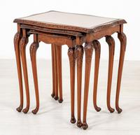Pretty Queen Anne Style Nest of 3 Tables c.1930 (4 of 8)