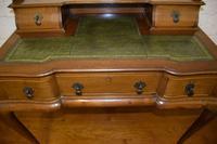 Quality Mahogany Writing Desk (4 of 8)