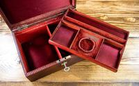 Victorian Red Leather Jewellery Box 1890 (10 of 10)