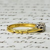 The Vintage 1975 Three Brilliant Cut Diamond Ring (4 of 5)