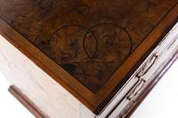 Late 17th Century Oyster Chest of Drawers (6 of 7)