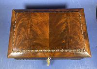 William IV Flame Mahogany Jewellery Box (13 of 20)