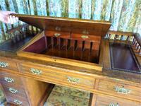 Edwardian Oak Pedestal Desk with Gallery (4 of 9)