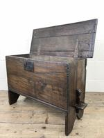 Small 18th Century Joined Oak Coffer (15 of 18)